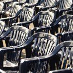 La chaise en plastique, la star des fêtes de fin d'année ?