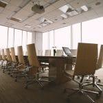 Réunion en entreprise : optimisez l'espace avec du mobilier intelligent