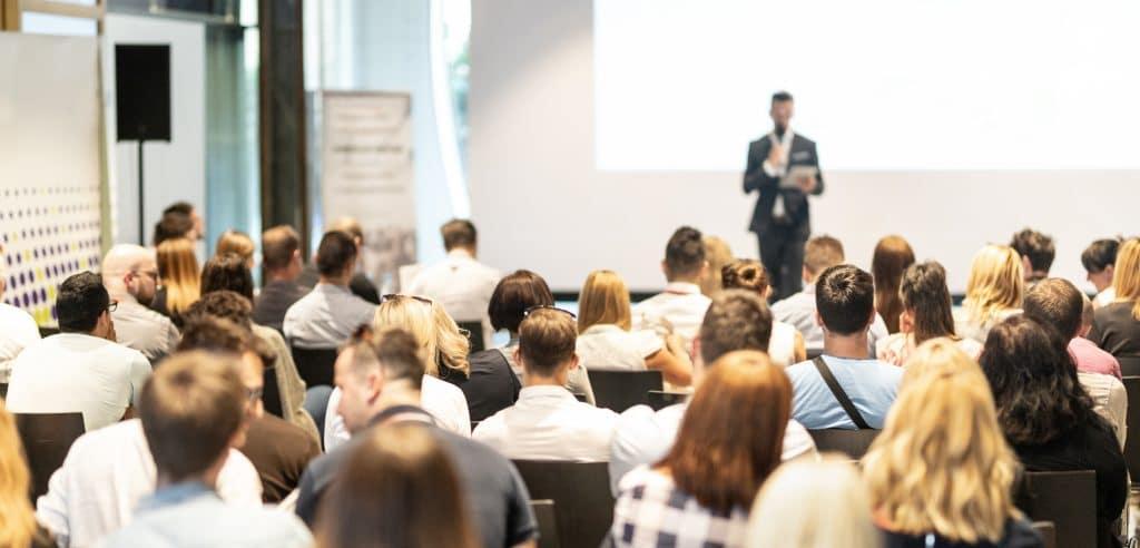 Comment organiser un séminaire ou événement d'entreprise rapidement ?
